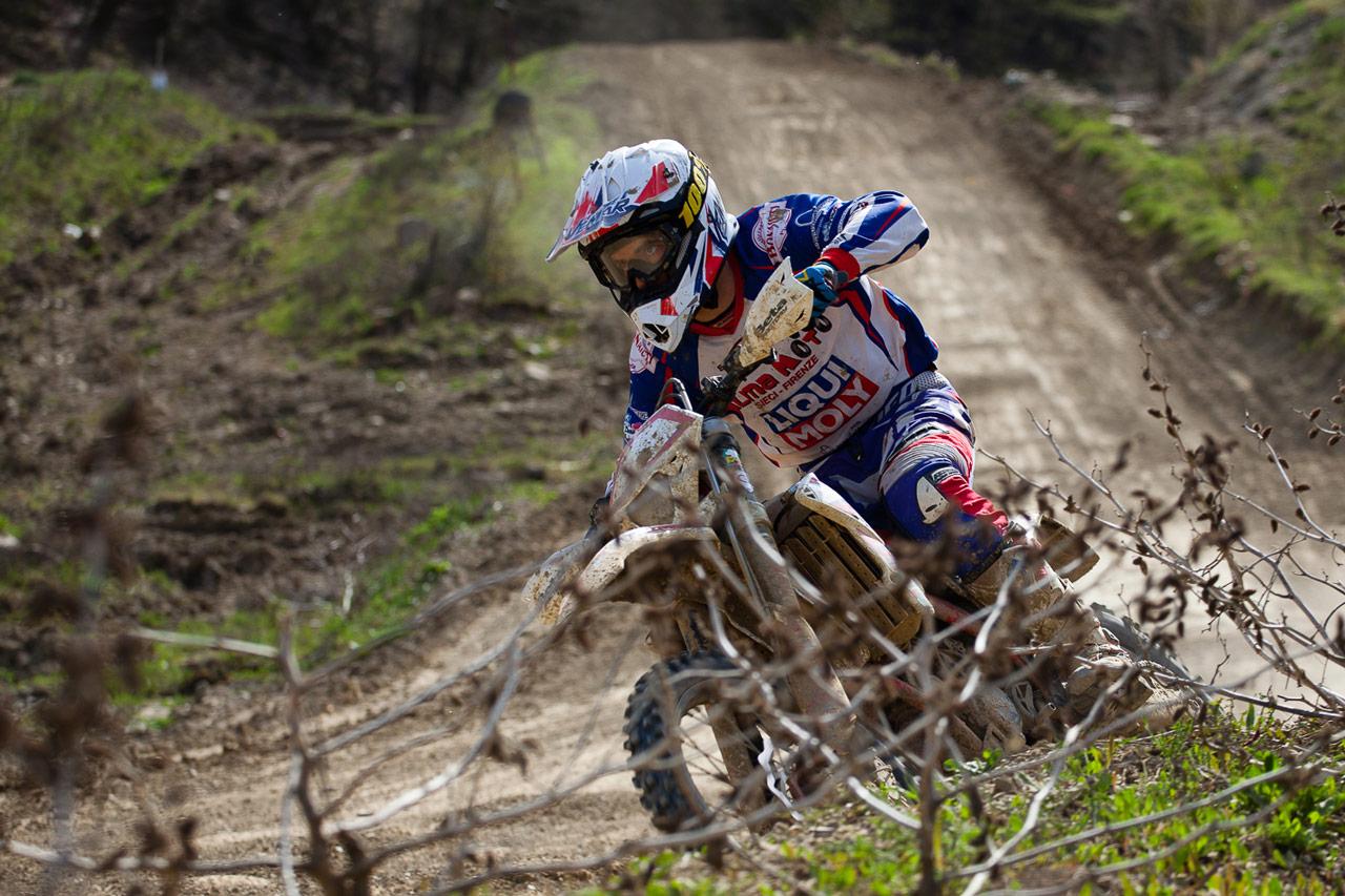 Casco Vemar Offroad per i Piloti Alma Moto Enduro Racing Team