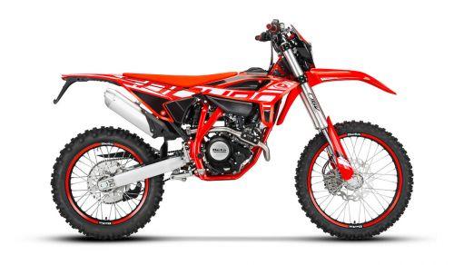 RR 4T 125 EN - Red_2021